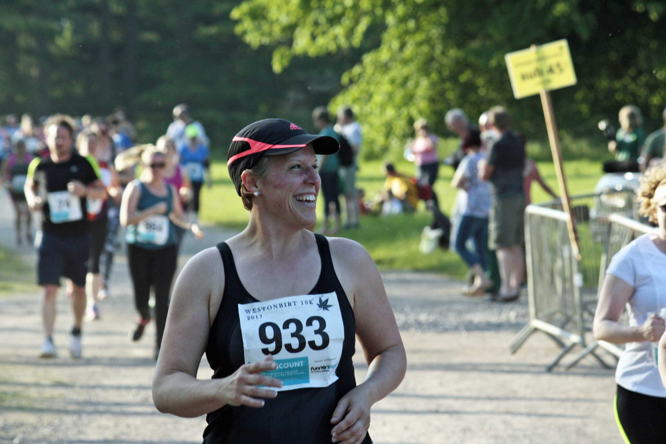 Lady running a 10K sponsored run